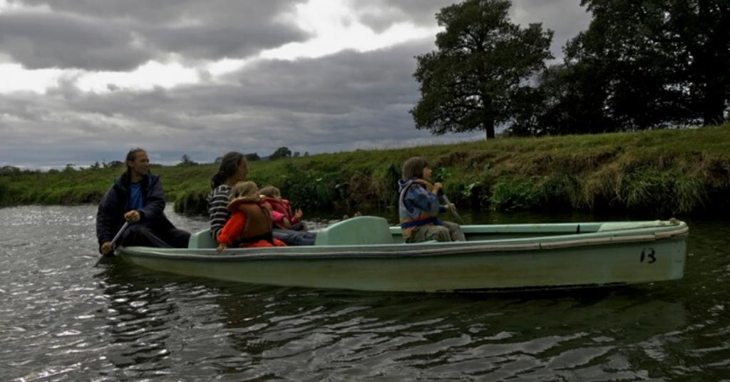 Boating at The Anchor Inn Barcombe Maynard Frith